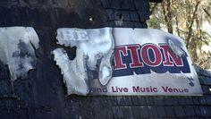 R.I. nightclub fire survivors recall 2003 blaze - CBS News