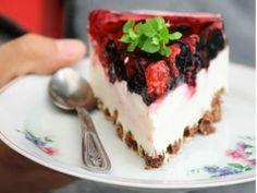Fresh & Fun Summer Recipes : theBERRY // Fresh Berry Cheesecake