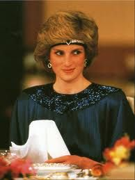 I loved wearing pretty headbands! Princess Diana and her 80's headband - so awesome.  She was such an 80's girl  #royals