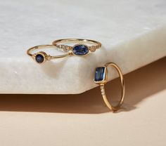 Stone & Strand is about expressing modern refinement in a totally new way, by bringing you a truly-hard-to-find offering of the freshest in fine jewelry.