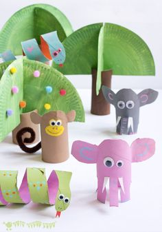 Let's get crafty! This Jungle Scene Playset is a simple, fun, and creative toilet paper roll craft that the whole family will love creating.