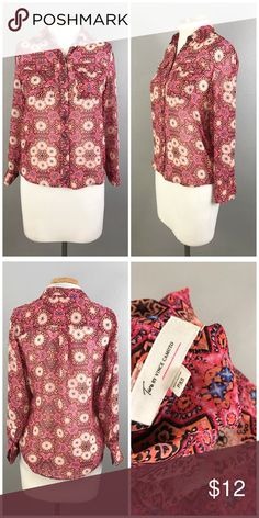 """Vince Camuto Lightweight Boho Pink Button Blouse Vince Camuto Lightweight Boho Pink Floral Print Button Up Blouse. Size XS. Thank you for looking at my listing. Please feel free to comment with any questions (no trades/modeling).  •Fabric: 100% Polyester  •Bust: 40"""" •Length: 24"""" •Condition:  VGUC, no holes or stains.   25% off all Bundles or 3+ items! Reasonable offers welcome.   BIN: KC Vince Camuto Tops Button Down Shirts"""