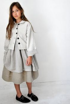 layers of grey make me SO HAPPY!!!  And is that linen?  That makes me even HAPPIER!
