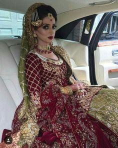 Pin by iqra ullah on wedding diaries (pakistani) индийская о Pakistani Wedding Outfits, Pakistani Wedding Dresses, Bridal Outfits, Indian Dresses, Indian Outfits, Asian Bridal, Bridal Lehenga, Bridal Style, Indian Fashion