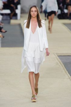 Chloé at Paris Fashion Week Spring 2014 - Runway Photos I Love Fashion, Fashion Week, Paris Fashion, Passion For Fashion, Runway Fashion, Spring Fashion, Fashion Show, Fashion Trends, Fashion 2014