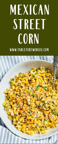 A less messy way to eat Mexican street corn! This Mexican street corn off the co. A less messy way to eat Mexican street corn! This Mexican street corn off the cob is one you'll want to make for all your parties year-round! Corn Salad Recipes, Veggie Recipes, Mexican Food Recipes, Cooking Recipes, Healthy Recipes, Bar Taco Corn Recipe, Recipe For Mexican Corn, Fiesta Corn Recipe, Recipes With Corn