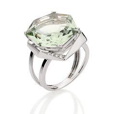 Anel de Ouro Branco com Diamantes e Green Gold