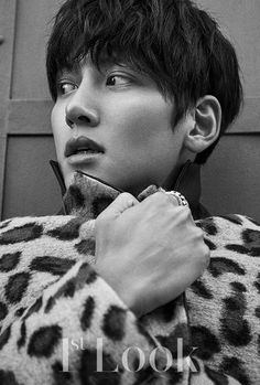 "Even in the gray city, his gaze that is filled with diverse narratives is shining with a strong presence. The deep charisma of actor Ji Chang Wook, who is back with his movie ""Fabricated City… Korean Star, Korean Men, Asian Actors, Korean Actors, Asian Aesthetic, Healer Korean, Dramas, Ji Chang Wook Photoshoot, Fabricated City"