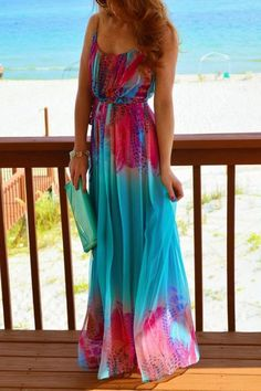 This colorful maxi dress reminds me of the fighting fish' colors