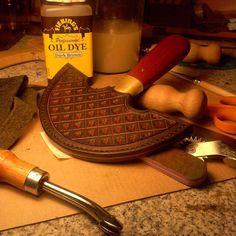 Round Knife Sheath by 3wunder Leather
