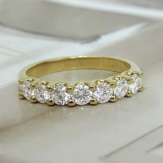 Can't go wrong with a simple diamond band, beautiful! #jewelry #diamondring #wantit
