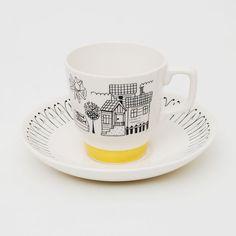 Inger Waage. Fiskelandsby - Stavangerflint Mugs And Jugs, Cheese Dome, Kitchenware, Tableware, Stavanger, Ceramic Mugs, Mug Cup, Kitchen Interior, Cup And Saucer