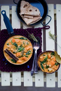 Sweet Potato, Chickpeas & Spinach Curry | KiranTarun.com - I made this last night and it was amazing.
