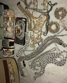 Visit the website on the pin for your fast western union Flip, Western Union Transfer, western union Hack Software Money Flip. Cute Jewelry, Jewelry Accessories, Hip Hop Fashion, Mens Fashion, Estilo Hip Hop, Bijoux Design, Accesorios Casual, Boujee Aesthetic, Luxury Lifestyle Women