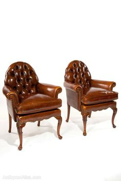 A Pair Of Antique Leather Walnut Armchairs - Antiques Atlas