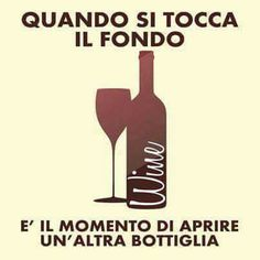 Whole Lotta Smiles (Uomo) Italian Humor, Italian Quotes, Funny Good Night Quotes, Funny Quotes, Maybe Meme, How To Speak Italian, Italian Phrases, For You Song, In Vino Veritas