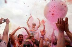 """""""Colour run helps transform the dullest corners of most polluted cities"""""""