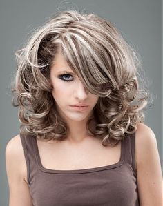 frosted hair color for dark hair with gray - Yahoo Image Search Results Hair Highlights And Lowlights, Hair Color Highlights, Platinum Highlights, Partial Highlights, Silver Highlights, Medium Hair Styles, Curly Hair Styles, Frosted Hair, Covering Gray Hair