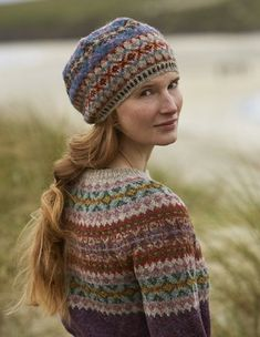 SHETLAND is a collection of 12 Fair Isle handknit designs for women by Marie Wallin using Jamieson's of Shetland Spindrift Punto Fair Isle, Motif Fair Isle, Fair Isle Pattern, Fair Isle Knitting Patterns, Knit Patterns, Stitch Patterns, Fair Isles, E Design, Knitting Projects