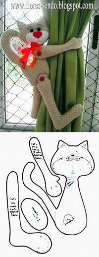 Gato prendedor de cortina