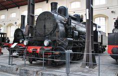 Museo Ferroviario di Pietrarsa Napoli Heritage Train, Italy Train, Railway Museum, Train Car, Steam Engine, Steam Locomotive, Vintage Italian, Nostalgia, Classic