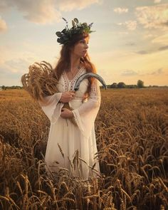 Witcher Monsters, Corn Dolly, Traditional Witchcraft, Greek Gods And Goddesses, Pagan Art, Russian Folk, Witch Aesthetic, Sabbats, Beltane