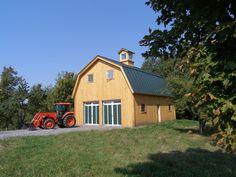 Gambrel barn by Yank