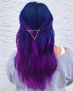 Blau und Lila Haarfarbe Ideen Blue and Purple Hair Color Ideas – Farbige Haare Violet Hair Colors, Cute Hair Colors, Hair Color Purple, Hair Dye Colors, Cool Hair Color, Galaxy Hair Color, Purple Colors, Dyed Hair Purple, Indigo Hair Color