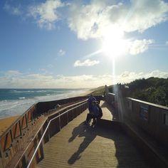 The evening sunset in Warrnambools Logans Beach. #GreatOceanRoad #Australiatravel #warrnambool #warramboolsunset #sunset #ocean #greatoceantravel #Victoria #Australia #logansbeach by lemonfilmblog