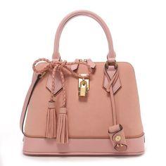 Samantha Thavasa サマンサタバサ レディアゼル タッセル付小(ピンクベージュ) -「買ってから選ぶ。」靴とファッションの通販サイト ロコンド