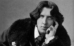 """Baseado em conto de Oscar Wilde, o espetáculo """"O Pássaro Sem Cor"""" ganha exibição no Sesc Bom Retiro neste sábado, 19, às 14h, com entrada Catraca Livre."""