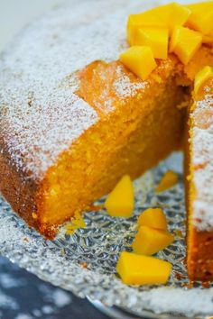 This moist, mango pound cake needs nothing more than a dusting of confectioner's sugar to set off it's classic looks. With rich tropical mango taste, and subtle notes of coconut, this easy cake is. Mango Pound Cake Recipe, Mango Cake, Pound Cake Recipes, Pound Cakes, Mango Cookies Recipe, Mango Cupcakes, Mango Desserts, Just Desserts, Tortillas Veganas