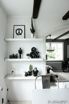 "Bokstavslampa, konsttryck ""Peace"", 3D kaktus, ansikte kruka mm: www.anneliesdesign.se"