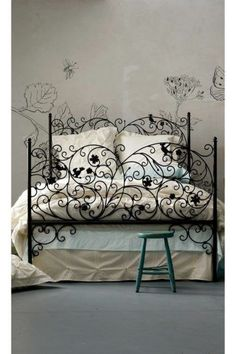 Oh that wrought iron is stunning. Maybe for a daybed back