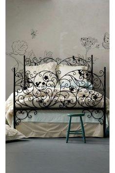 Se seu estilo é mais 'rococó', está aqui é a #cama ideal para seu #quarto. #decoração #ficaadica