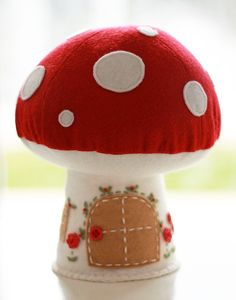 Image of Mushroom House - Red - New - 1 in stock Fairy Crafts, Felt Crafts, Diy And Crafts, Mushroom Crafts, Felt House, Felt Ornaments, Plush Dolls, Christmas Projects, Pin Cushions