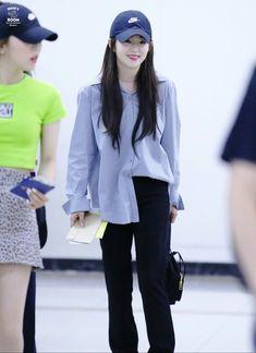 Fashion Idol, Blackpink Fashion, Fashion Outfits, Korean Airport Fashion, Korean Fashion, Ulzzang Fashion, Red Velet, Irene Kim, Summer Outfits
