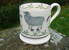 Emma Bridgewater Sheep & Thistles Pint Mug, exclusive to Burford Garden Centres Burford Garden Company, Flag Of Scotland, Dresser Inspiration, Pottery Cafe, Emma Bridgewater Pottery, Sheep Crafts, Old Crocks, Pretty Mugs, English Pottery