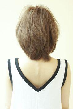 AFLOAT JAPANのヘアスタイル | ふわっと愛されショートボブ | 東京都・銀座の美容室 | Rasysa(らしさ)
