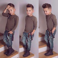 Little Boy Fashion Trends 2017 Fashion Kids, Toddler Boy Fashion, Little Boy Fashion, Fashion Clothes, Stylish Clothes, Fashion Tights, Fashion Shoes, Girl Fashion, Cool Boys Haircuts