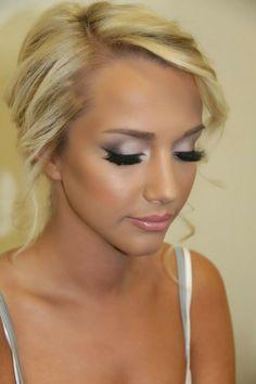 pretty makeup- simple