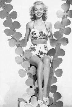 Carole Landis,1940's V for Victory St. Patrick's Day.