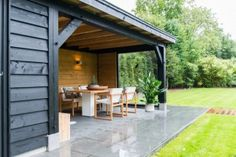 Storeroom with covered terrace, Oostkapelle 8 - Innen Garten - Eng Garden Room, Outdoor Decor, Backyard Design, Outdoor Rooms, Exterior Design, Garden Buildings, Pool Houses, Modern Garden, Outdoor Dining