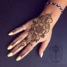 Easy Mehndi Designs Collection for Hand 2019 - Fashion Modern Henna Designs, Peacock Mehndi Designs, Latest Arabic Mehndi Designs, Henna Tattoo Designs Simple, Mehndi Designs Book, Full Hand Mehndi Designs, Mehndi Designs For Beginners, Mehndi Designs For Girls, Mehndi Design Photos