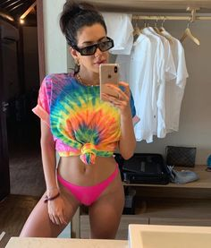 Tie Dye Outfits, Rave Outfits, Holiday Outfits, Summer Outfits, Fashion Outfits, Tie Day, Tie Dye Techniques, Bikini Types, How To Tie Dye