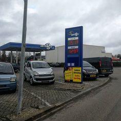 benzine:  1519 / diesel:  1299 #TBtanken. Dit zijn de actuele #brandstofprijzen (19-02-19) bij; Sietsema te #Uithuizen February 19 2019 at 04:49PM