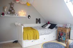 girls room, vintage nightstand, crochet rug, ikea Hemnes bed