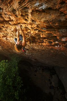 "Chris Sharma does ""50 Words For Pumped"" 14c - Red River Gorge Kentucky. More like ""50 screams for pumped.""   ***"