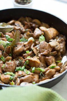 One-Pan Chicken in Mushroom Sauce - Simplify your weeknight dinner with this One-Pan Chicken in Mushroom sauce that requires little effort and it is very flavourful.