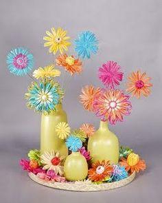 Flores feitas com canudinhos. Perfeitas!